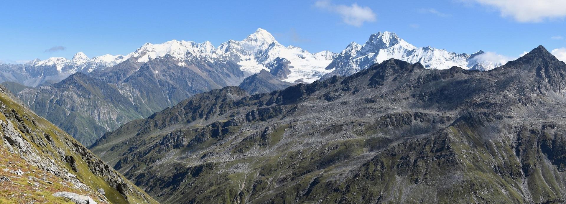Jaonli 6632m & Gangotri III - 6577m