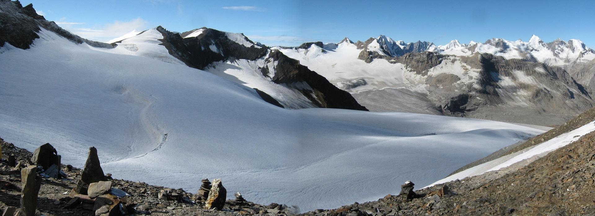 Pin Parvati Pass 5,319 m / 17,450 feet
