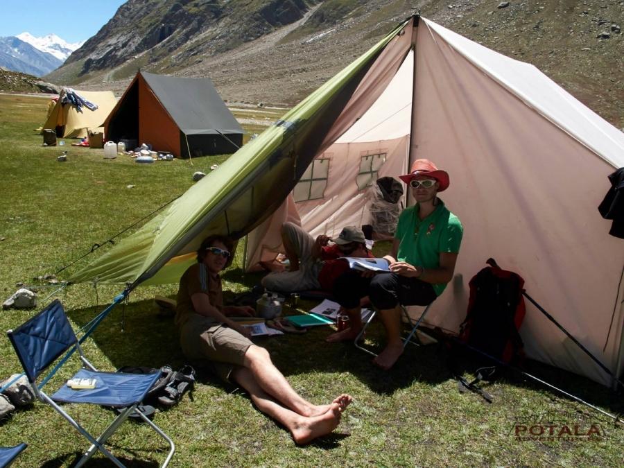 Palphu, base camp kang la