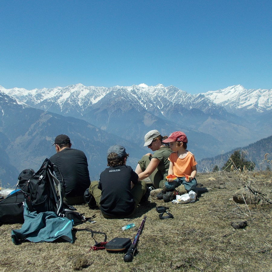 Family trekking holidays in Manali