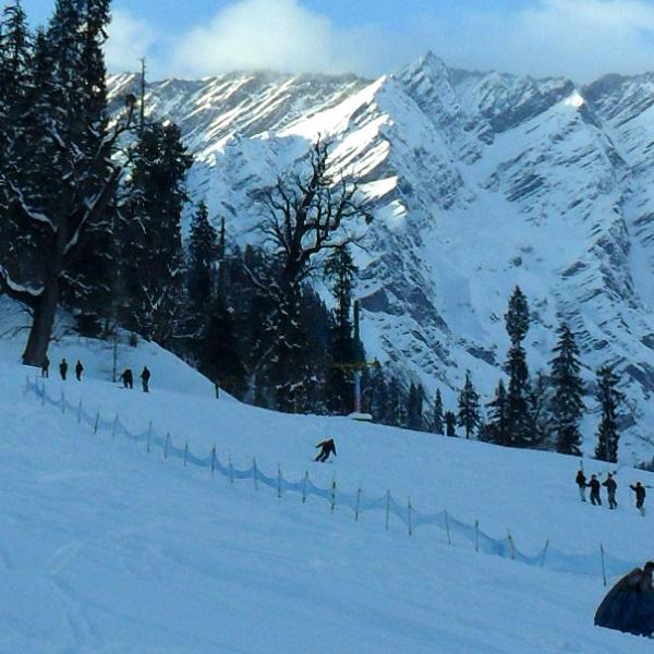 Skiing - Snow boarding